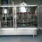 Vulmachine voor parfumflessen met 10 koppen met negatieve druk